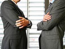 Язык тела в переговорах. Узнай о чем думает собеседник